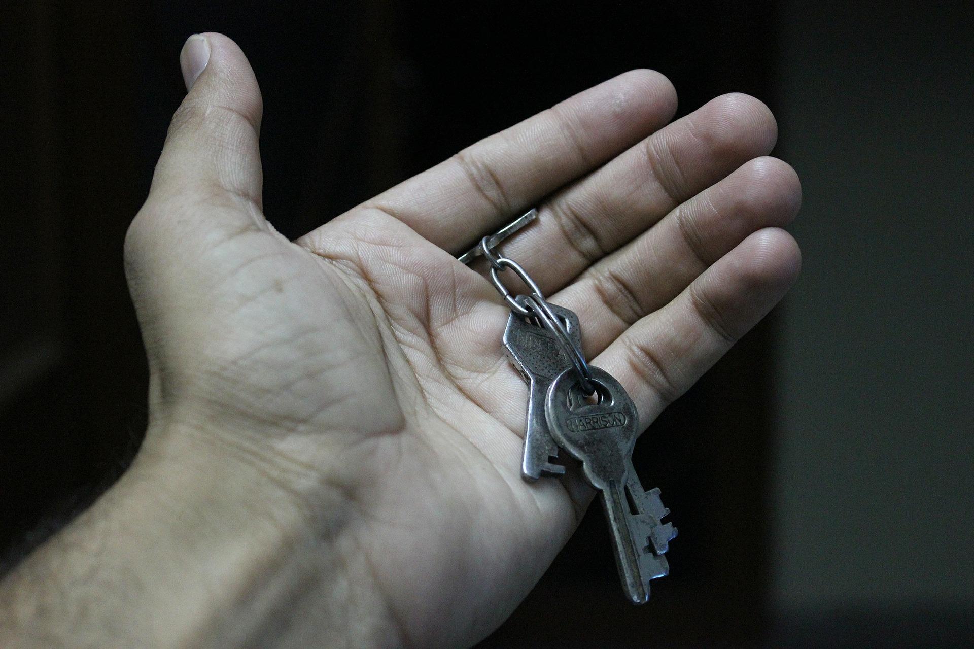 keys-452889_1920